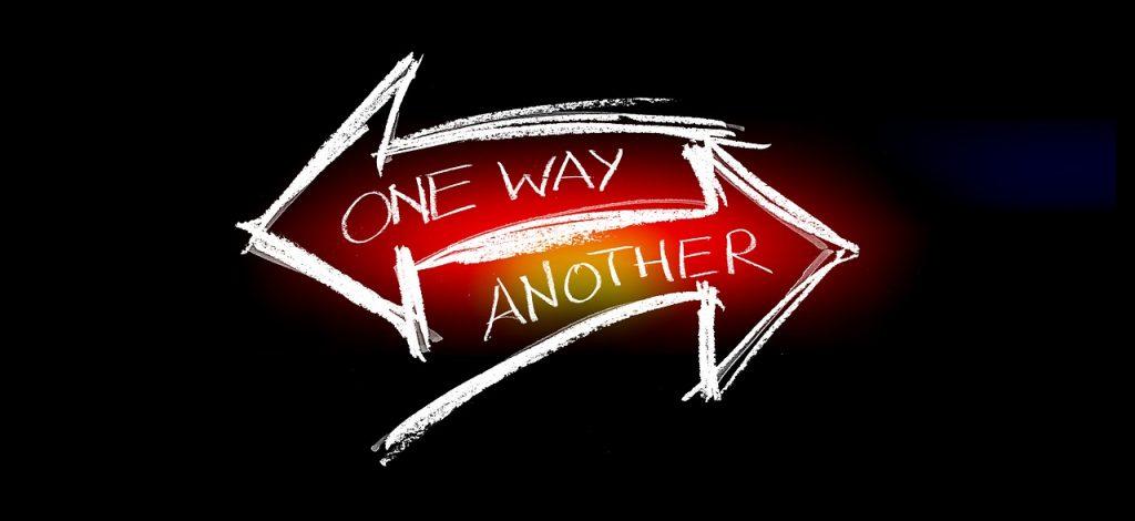 Arrows Direction Choice Option  - geralt / Pixabay